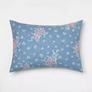 NWT Lily Rose Chambray Standard Pillow Sham Blue